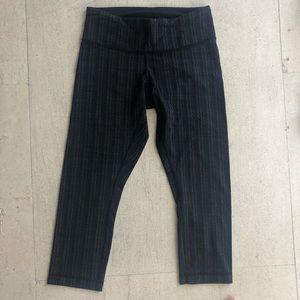 Lululemon crop pattern leggings